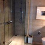 Dusche Glas/Beton