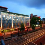 Photo de Future Inn Cabot Circus Hotel