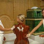 Wellnessanwendung Schokoladebad