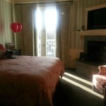 Our room, with balloons-thanks Inn at Sonoma!