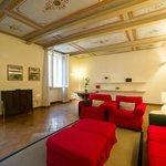 Vittoria 64 - Fresco Apartment