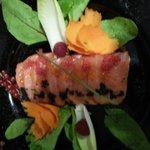 Sashimi de salmón con huevas