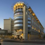 Sheraton Warsaw Hotel is a stunning blend of comfort style in the heart of Warsaw.