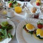 ティフィンルームで朝食