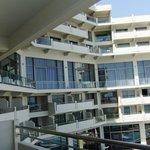 вид с балкона на этаж элит клаб