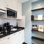 Executive Suite - Kitchen