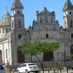 Antigua y conserbada Iglesia de Guadalupe en Granada