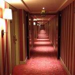 Отельный коридор