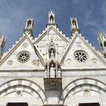 Fachada superior da igreja