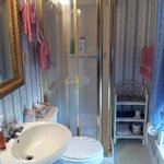 Ensuite Bathroom for Antique Double Bedroom
