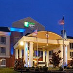 Photo of Holiday Inn Express Cullman