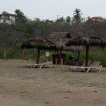 Playa descuidada