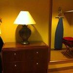 Closet executive suite room 1628