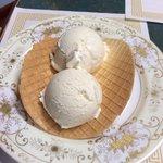 Lynns Homemade Ice Cream &Belgian Waffles