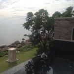 vista oceano da pool villa