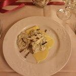 pasta con broccoli, gorgonzola e tartufo
