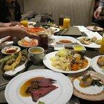レストランカフェ コンパス・・・会食テーブル