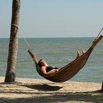 Op het strand kom je, met het ruizen van de zee op de achtergrond, helemaal tot rust.