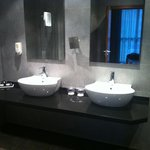 Bathroom for two ;-)