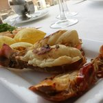 Shrimps, lobster and beef tenderloin! an amazing option!!!