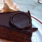Original Sacher cake: 5€