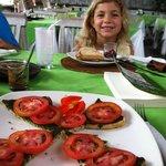 Pesto toast with tomato