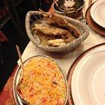 spinaci e patate al curry,focacce integrale e alle patate,riso alla zafferano e cumino