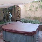 Private jacuzzi - Tiwaline II