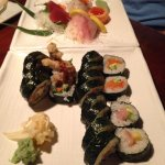 Flavorless spicy tuna roll