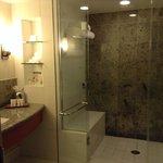 Bathroom in room 3611