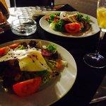 Aufmerksamkeit vom Hause :-) leckerer Salat ...