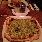 Chicken pesto pizza