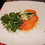 salmone e spigola con zucchine croccanti e ricotta di bufala