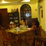 Local musicians playing Tamil music at dinner