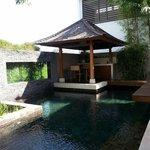 Sarang Bambu - Pool + Kitchenette