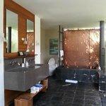 Sarang Bambu - Bathroom