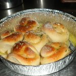 Garlic rolls with grated cheese