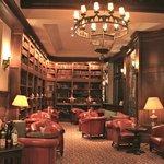 бар в библиотеке