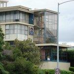 Já foi chamado Best Western Blue Hills Hotel.