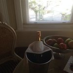 complimentary champage and fruit on arrival