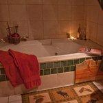 Monarch Room jacuzzi tub