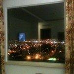 vista de piso 10 a las montañas