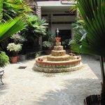 Hotel Courtyard Garden