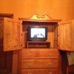 los cuartos no tienen tv de plasma