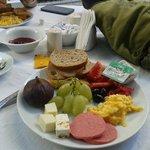 Petit déjeuner servi au Secret Garden - Magnifique Terrasse