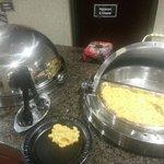 Dinner -- yummy macaroni & cheese