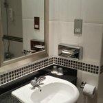 HI Garforth - Bathroom