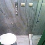 toilette room 19