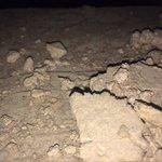 Sobre las vigas de madera del techo abuhardillado una gran cantidad de restos de obra!! Intolera