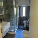 Nice bathroom with modern fixtures - room 3